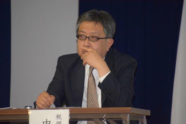小 中川先生 (4).jpg